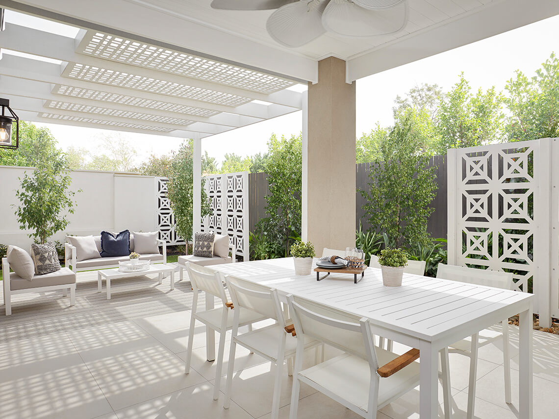 Outdoor Furniture 1140 x 856