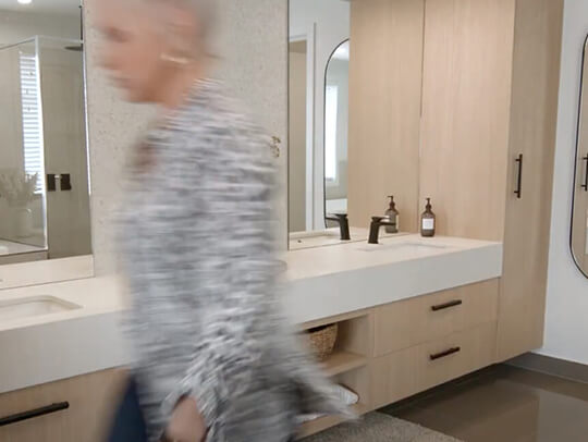 video Styling a shared bathroom2